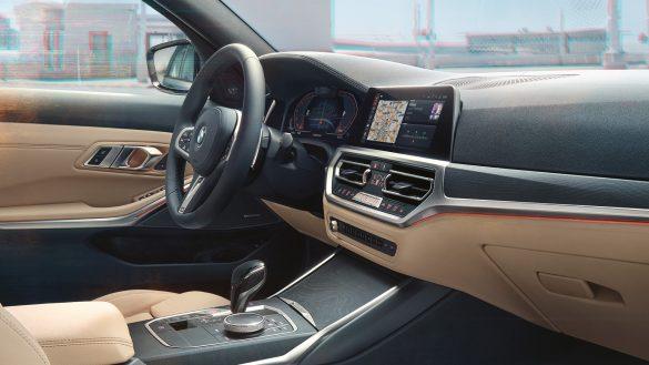 BMW 3er Touring Cockpit aus Sicht des Beifahrers