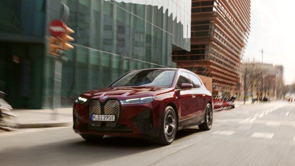 BMW iX Fahrassistent